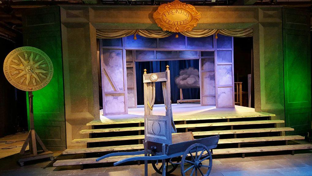 Kronhusteaterns scen ljussatt